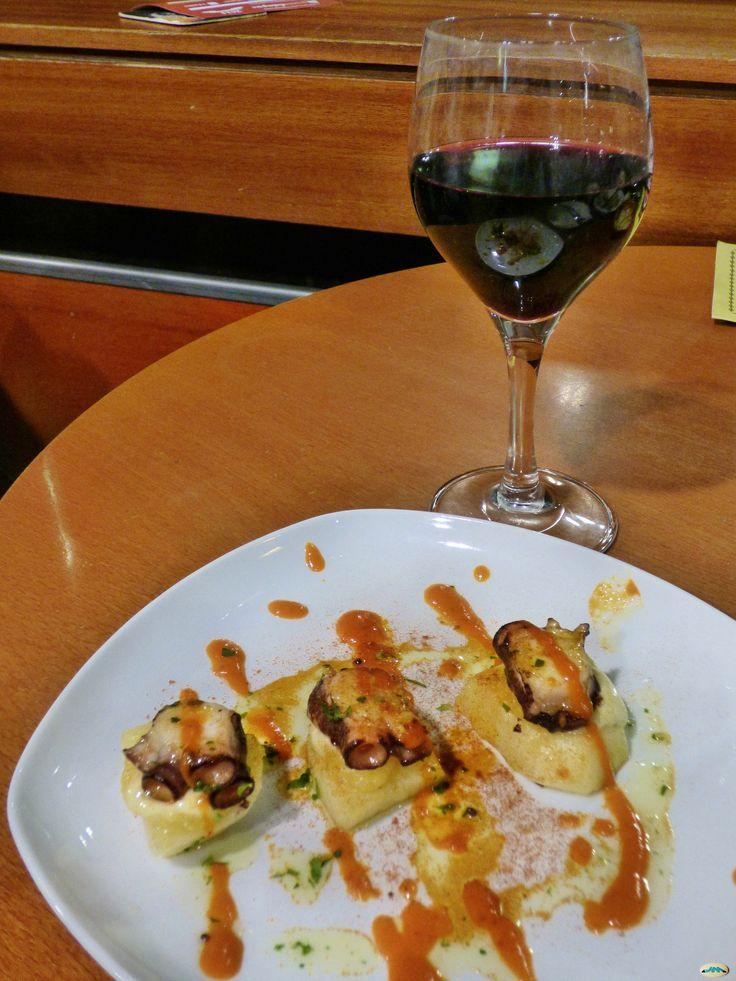 Un gran día para un gran #vino #Protos http://tienda.bottleandcan.es/es/ribera-del-duero/726-vino-protos-tinto-crianza-75-cl.html  #RiberaDelDuero #vino #wine #winelover #winery #bodega #viñedo #vineyard #uva #grapes #tiendaonline #gourmet #bottleandcan #granada #andalucía #españa #spain #sidra #cider #singluten #glutenfree