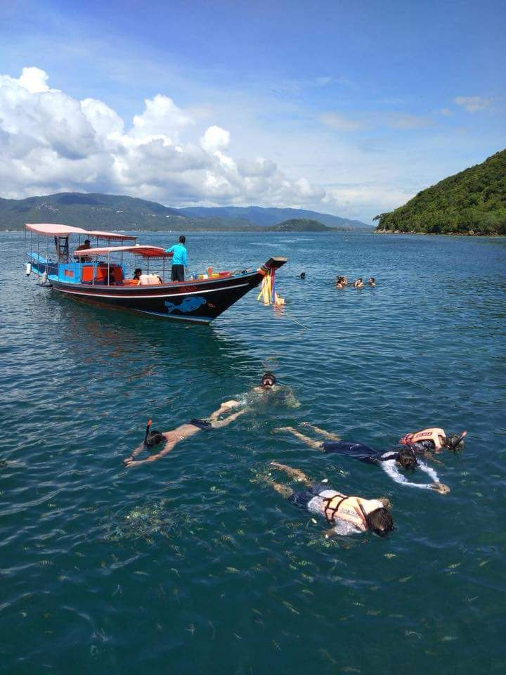 Half Day Snorkeling Trip At Koh Taen Coral Island By Long