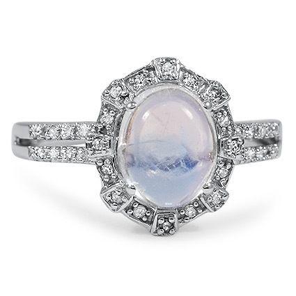 The Raina Ring, moonstone