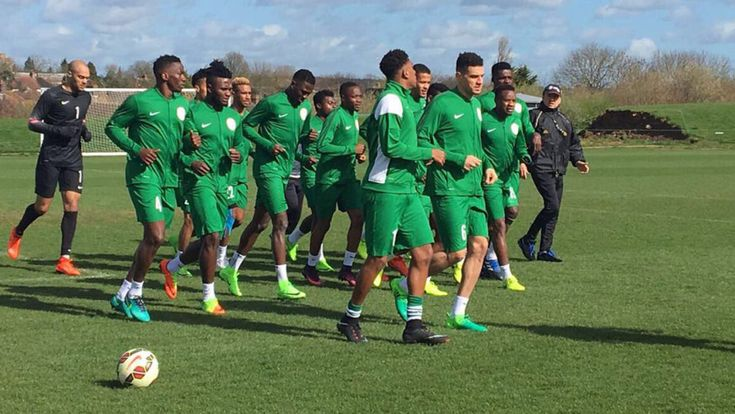 'Do or die' in Uyo for Super Eagles   By Segun Odegbami        Members of the Super Eagles    Let us face the facts, at this point in the ...