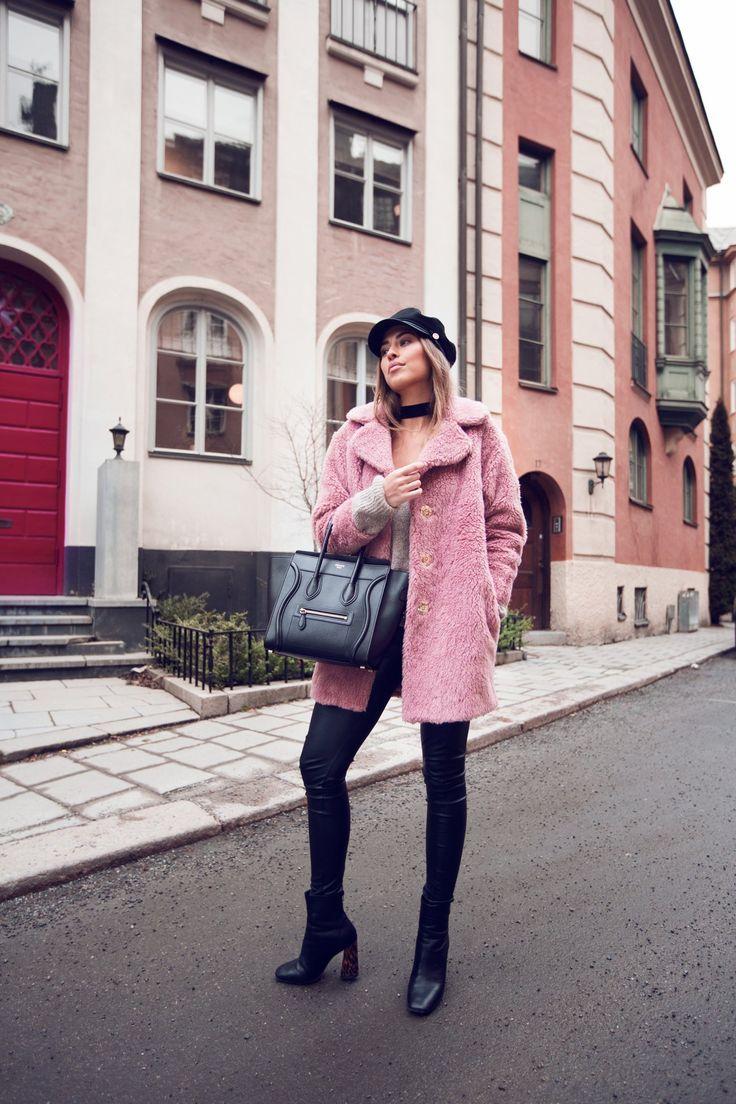 Kenza_Zouiten_Pink_Jacket_01