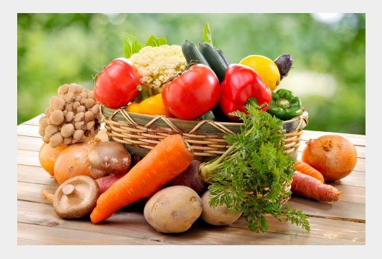 La coach Valérie Orsoni nous explique les aliments qu'il faut privilégier et ceux qu'il faut bannir de son alimentation quand on veut perdre quelques kilos en peu de temps. L'objectif n'est pas de déséquilibrer son alimentation mais d'identifier les aliments qui sont vraiment bon pour le corps. On élimine la viande Pendant ce programme, on …