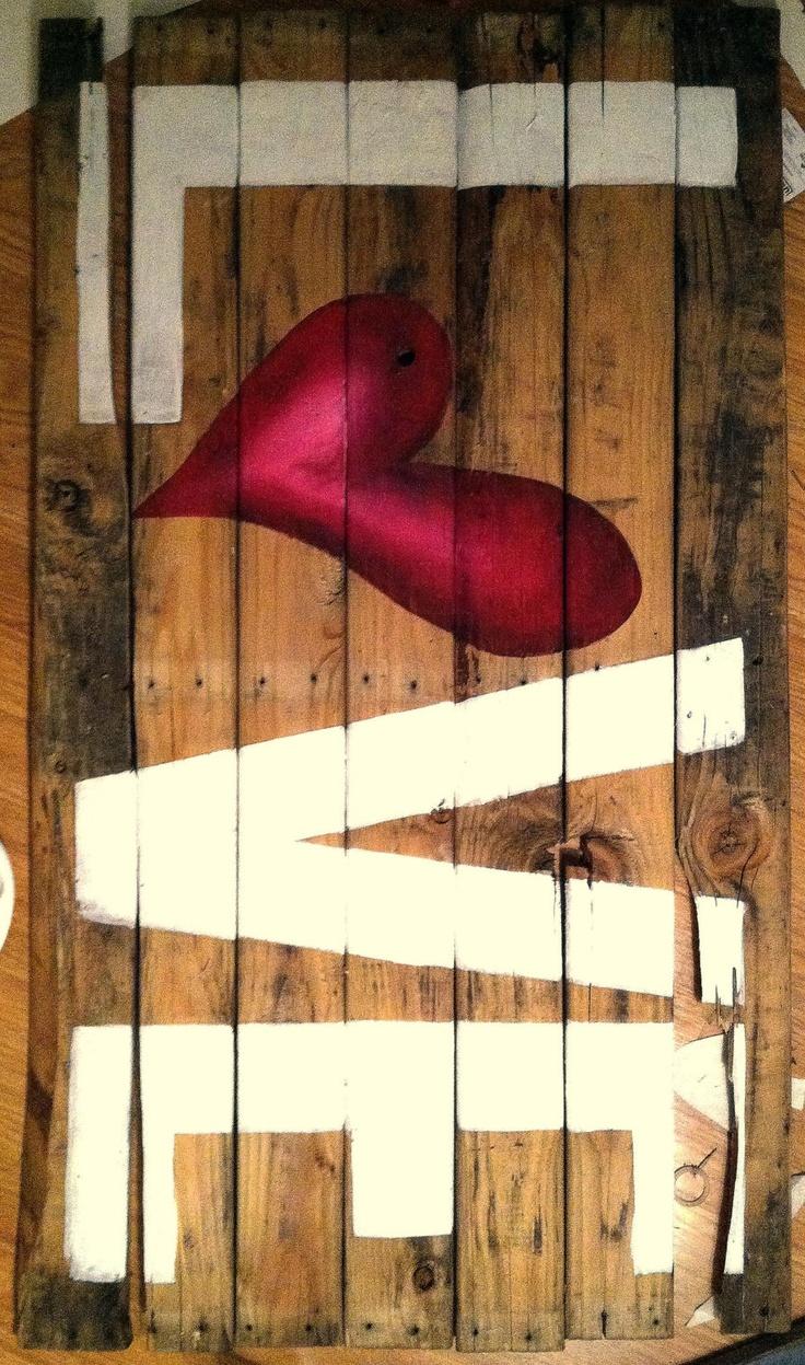 Pallet Board Love