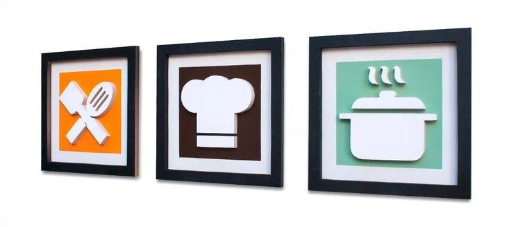 3 Quadros Decorativos com desenhos originais chapéu chef de cozinha, panela e talheres, Pintura acrílica e esmalte sobre Mdf vazado e em relevo.    Medidas de cada quadro: A 30cm x C 30cm x L 2cm  Peso total: 3 kg