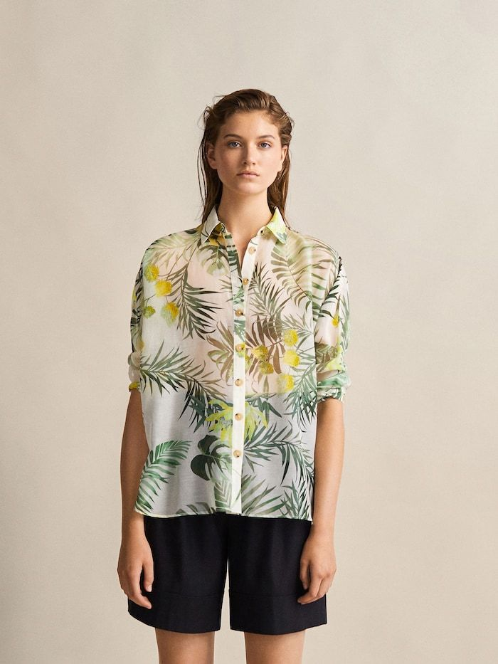 2ac73f7d828d 2019 的Floral print cotton and silk shirt 主题| 时尚摄影