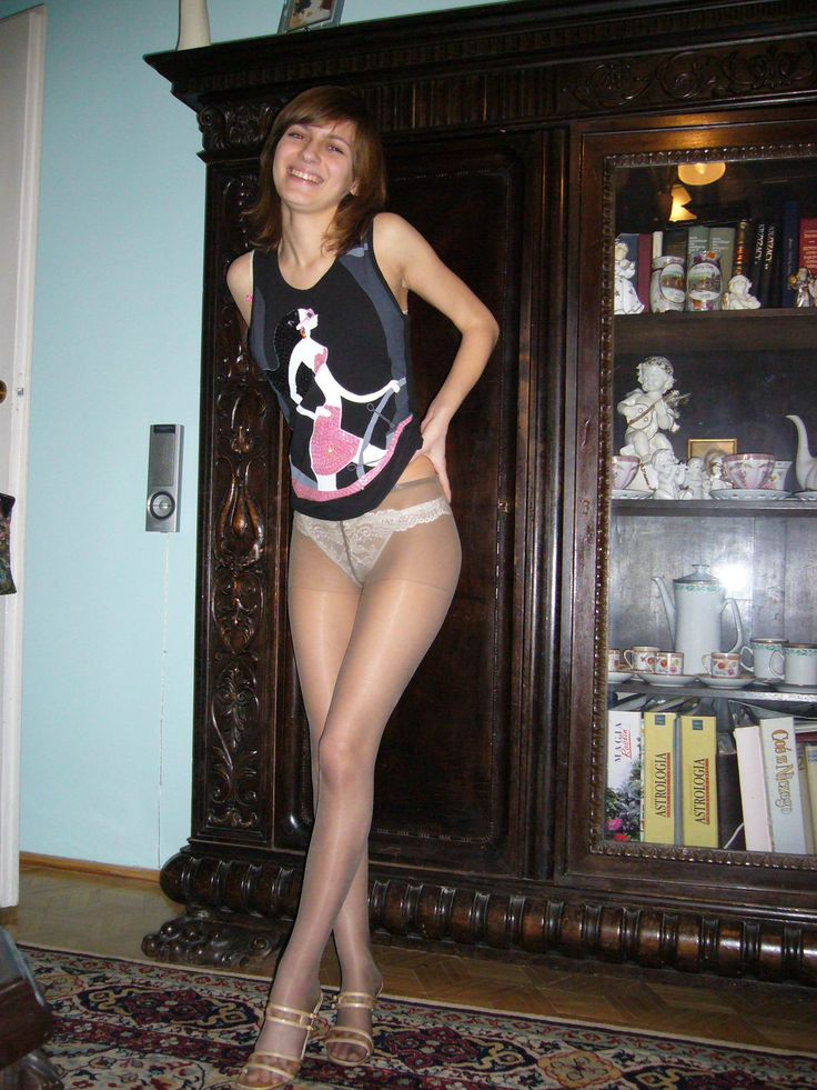 Has young feet in pantyhose
