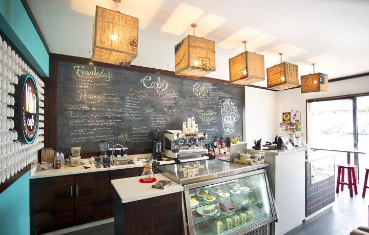 Интерьер кафе Viva от Esny Martin в городе Сан-Хосе, Коста-Рика