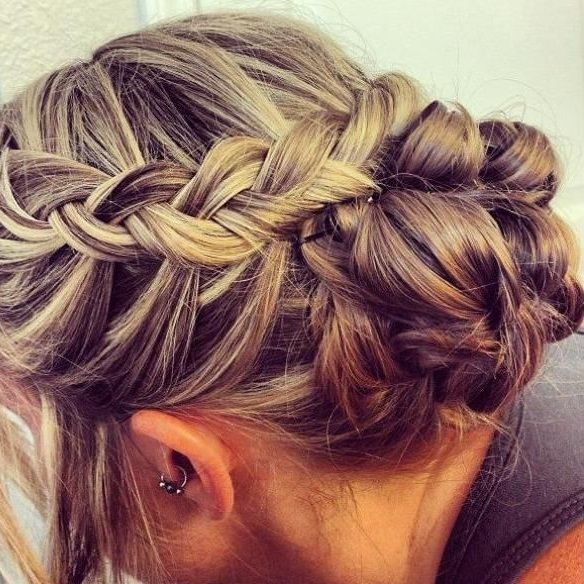 Simple braid on one sides leading into a braid on the other