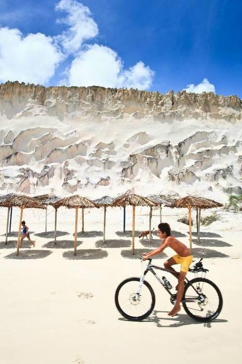 Praia de Cacimbinhas, Tibau do Sul, Rio Grande do Norte, Brasil...
