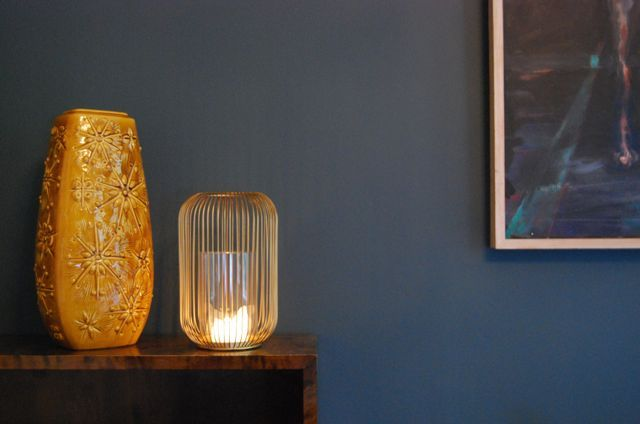 Vintage vase and candle. Wall colour, OSLO by Jotun Pure Lady.
