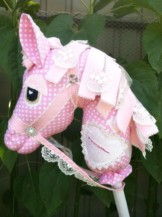 I think this is my favourite whimsy woo horse. <3