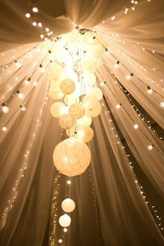 Bright lights to celebrate your wedding day! Love this look! www.thebridalgallery.com