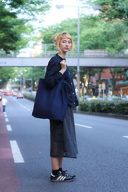 people wearing yohji yamamoto