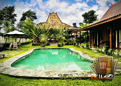 RUMAH+JOGLO+(FULL+FURNISHED)+++KOLAM+RENANG+DEKAT+JOGJA+BAY+Wedomartani,+Wedomartani+Ngemplak+»+Sleman+»+Yogyakarta