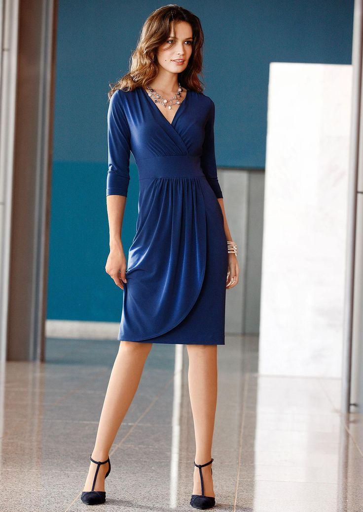 Edles Wickel-Optik #Kleid aus fließendem Jersey in nachtblau ©Atelier Goldner Schnitt   www.ateliergs.at