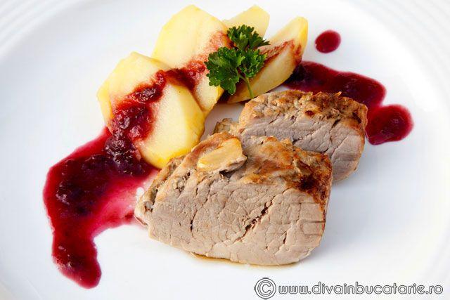 muschiulet-de-porc-cu-sos-de-prune-3