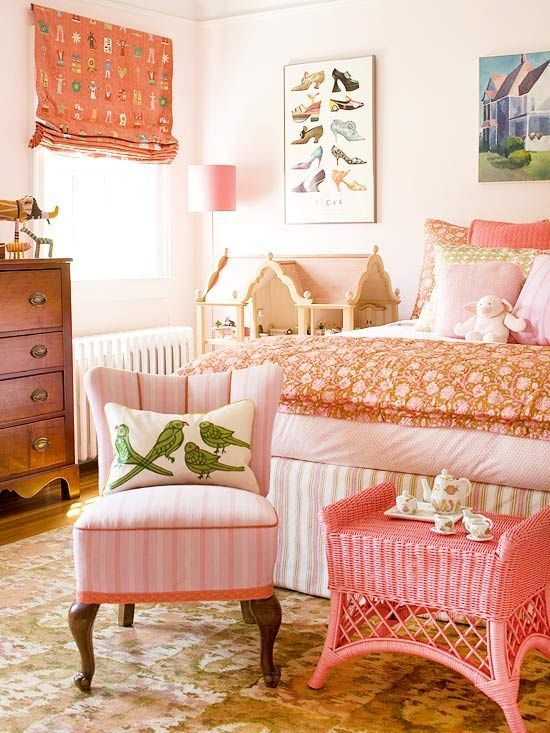 A Fab Girl?s Bedroom really pink, not fuchsia...