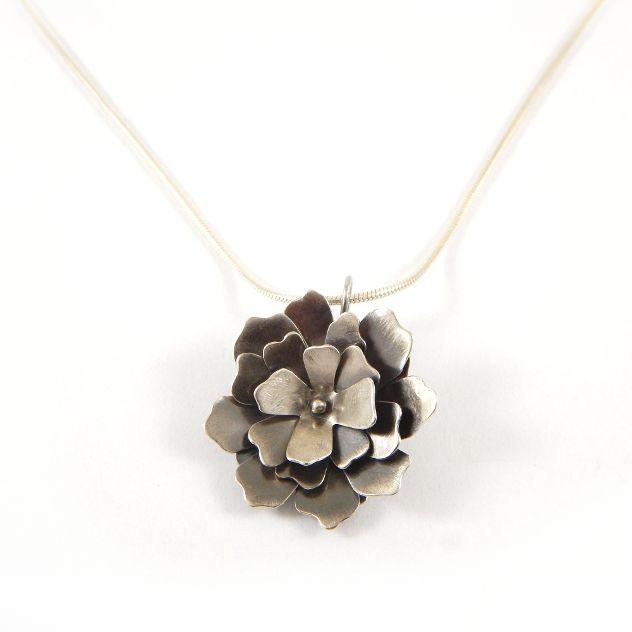 Gardenia - pendant, silver 925. www.kropinska.pl