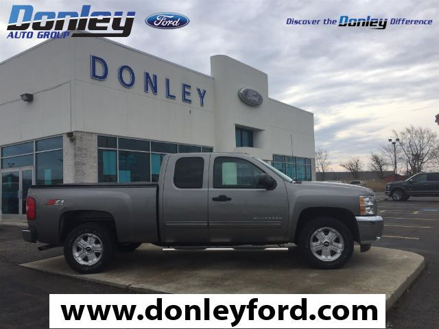 2013 Chevrolet Silverado 1500 LT This is the 4x4 truck you have been looking for!!!! Extra clean and very well maintained. Fully serviced and ready to be put back to work for YOU!!!! Don't let a clean truck like this pass you by! Don't let the miles fool you. This 2013 Silverado 1500 is for Chevrolet lovers looking everywhere for that perfect truck. You never know when life is going to throw you a curve, but the advanced braking system will always be there to help stop trouble right in its…
