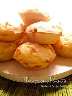 Esses Mini cheese popovers (Väikesed juustukohrud) são pães de queijo bem diferente. Clique aqui para ver a receita no Manga com Pimenta.