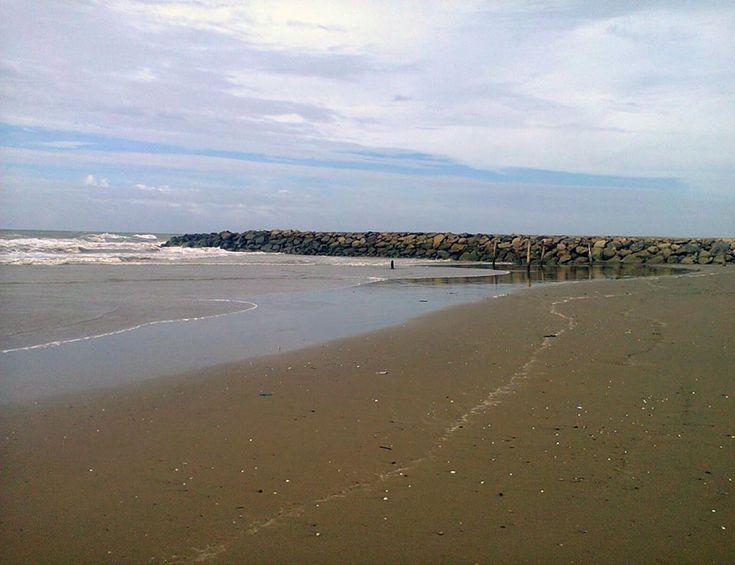 Pantai Kuala Raja Wisata Primadona di Bireun Aceh - Aceh