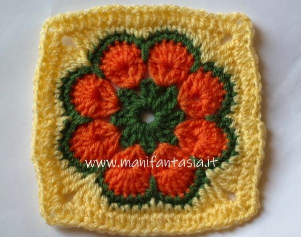 African flower quadrato tutorial in italiano mattonelle uncinetto