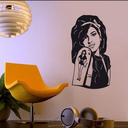 Amy Winehouse war eine der berühmtesten Sängerinnen der Welt. Wenn du also genauso wie wir ein Fan von ihr bist, dann ist dieses Wandtattoo genau das Richtige für dich. #AmyWinhouse #Star #Wadeco // http://www.wadeco.de/amy-winehouse-2-wandtattoo.html