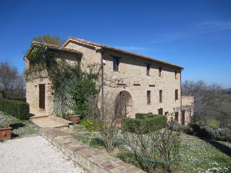 Property for sale in Le Marche San Ginesio Italy - Country House > http://www.italianhousesforsale.com/property-italy-casa-agata-1786.html