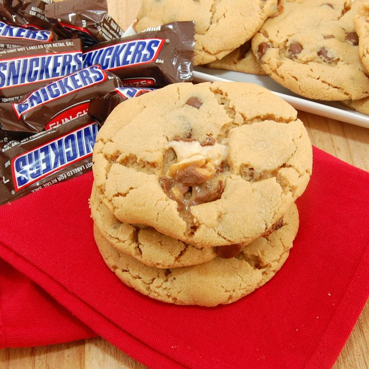 Peanut Butter Snickers Cookies | Recipe