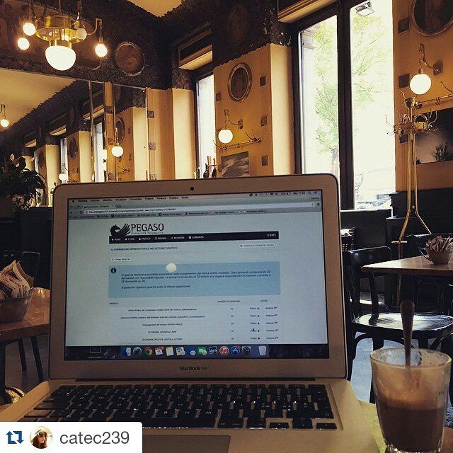 #Repost via #Instagram (Pegaso è ovunque grazie a @catec239 per la foto!)  Preparazione agli esami #unipegaso #turismo #pegaso