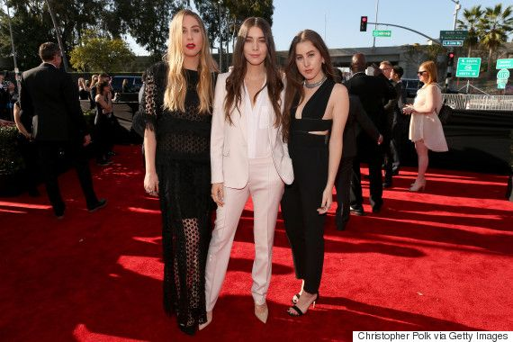 Haim Looked Classy In Chloé, Stella McCartney At The 2015 Grammys