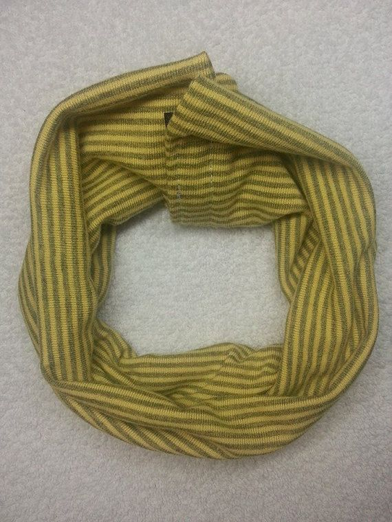 Snapping cowl scarf infinity scarf Hey, I found this really awesome Etsy listing at https://www.etsy.com/listing/217106584/infant-to-toddler-snapping-fashion-and