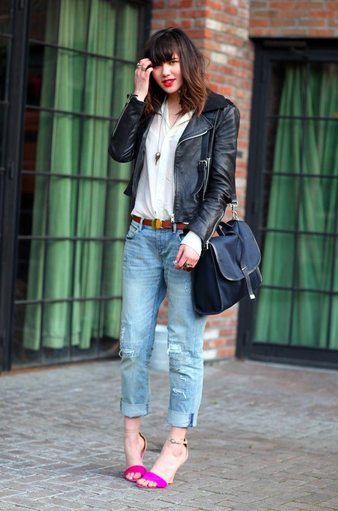 @natalieoffduty knows how to rock boyfriend jeans + a leather jacket.: A Mini-Saia Jeans, Biker Jackets, Dresses Style, Street Style, Outfit, Leather Jackets, Boyfriends Jeans, Hair, Rocks