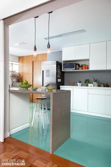 Revista Arquitetura e Construção - 9 cozinhas coloridas e cheias de personalidade