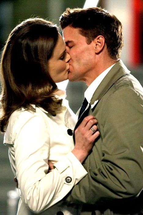 Booth and Brennan :) This is what I want my love life to be like!!!