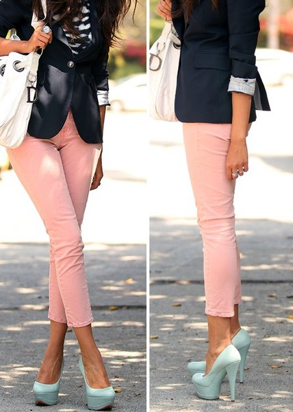Love this look ... especially those shoes. Hot damn!: Shoes, Outfits, Colors Pants, Pastel, Colors Combos, Navy Blazers, Pink Pants, Heels, Pink Jeans