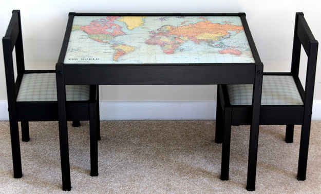 Decora la mesa Latt con un mapa del mundo.                                                                                                                                                                                 Más