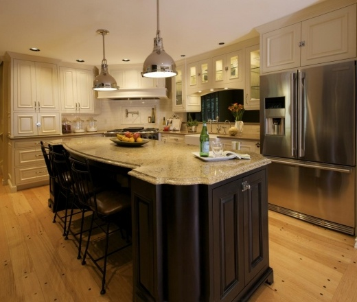Yellow Kitchen With White Cabinets: 1000+ Ideas About Pale Yellow Kitchens On Pinterest