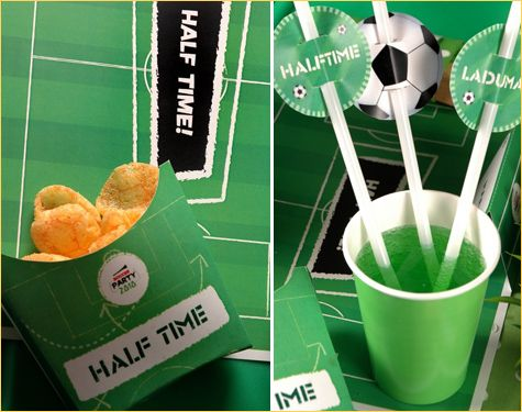 Popotes con balones en una fiesta de Fútbol soccer :: Straws with balls for a soccer party