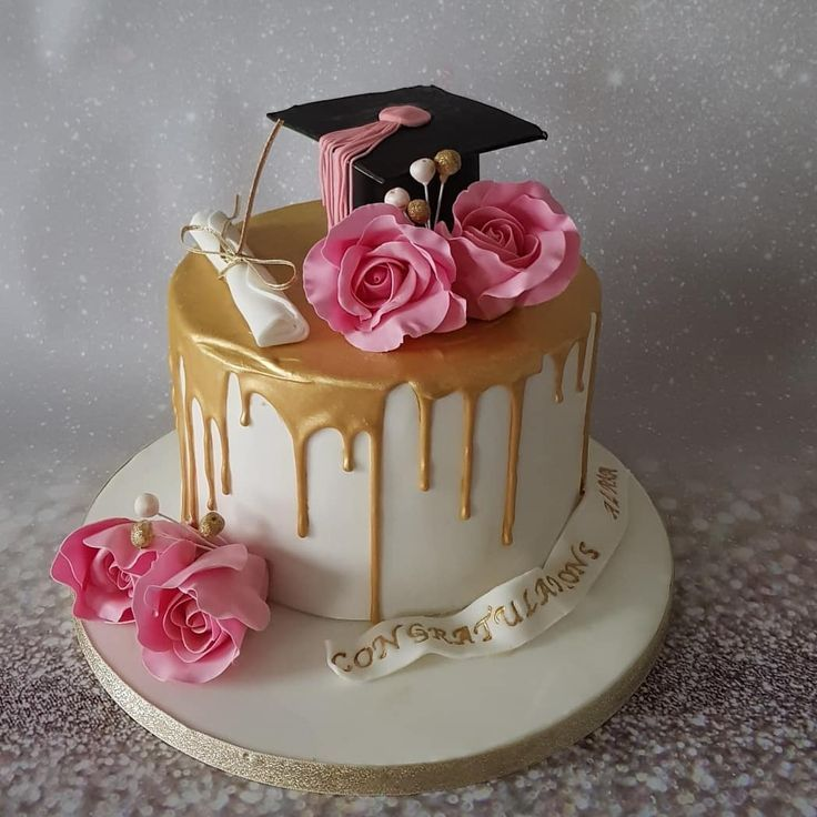 Graduation Gold Drip Cake With Sugar Flowers Graduation Cakes Drip Cakes Graduation Party Cake