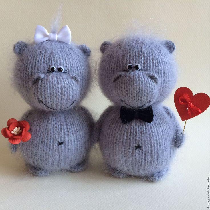 Купить Влюбленные Бегемотики. - серый, бегемотик, влюбленные бегемотики, вязаные игрушки, вязаные бегемоты