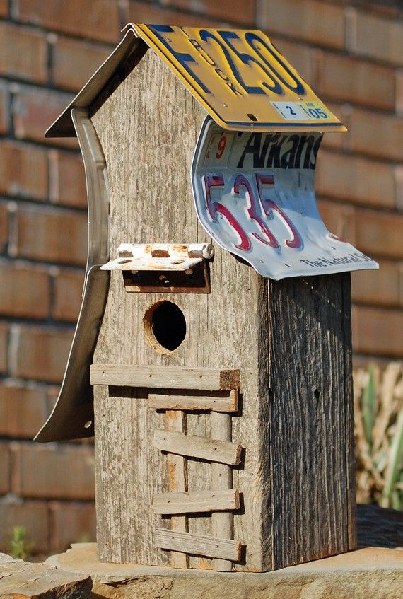 rustic birdhouse roof***Research for possible future project.