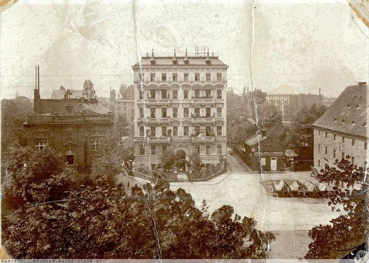 """Widok na Wyspę Słodową z okien kamienicy na Wyspie Młyńskiej (obecnie hotel """"Tumski"""")Lata 1876-1915"""