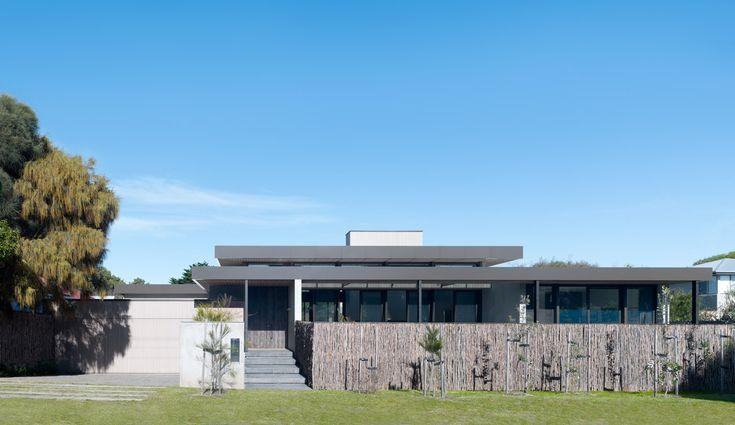 Peninsula House - Peter Clarke Photography