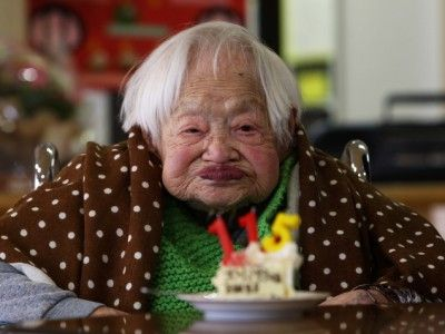2 Secrets to a Long Life as Told by the World's Oldest Living Person http://www.ivillage.com/2-secrets-long-life-told-world-s-oldest-person/4-a-563520