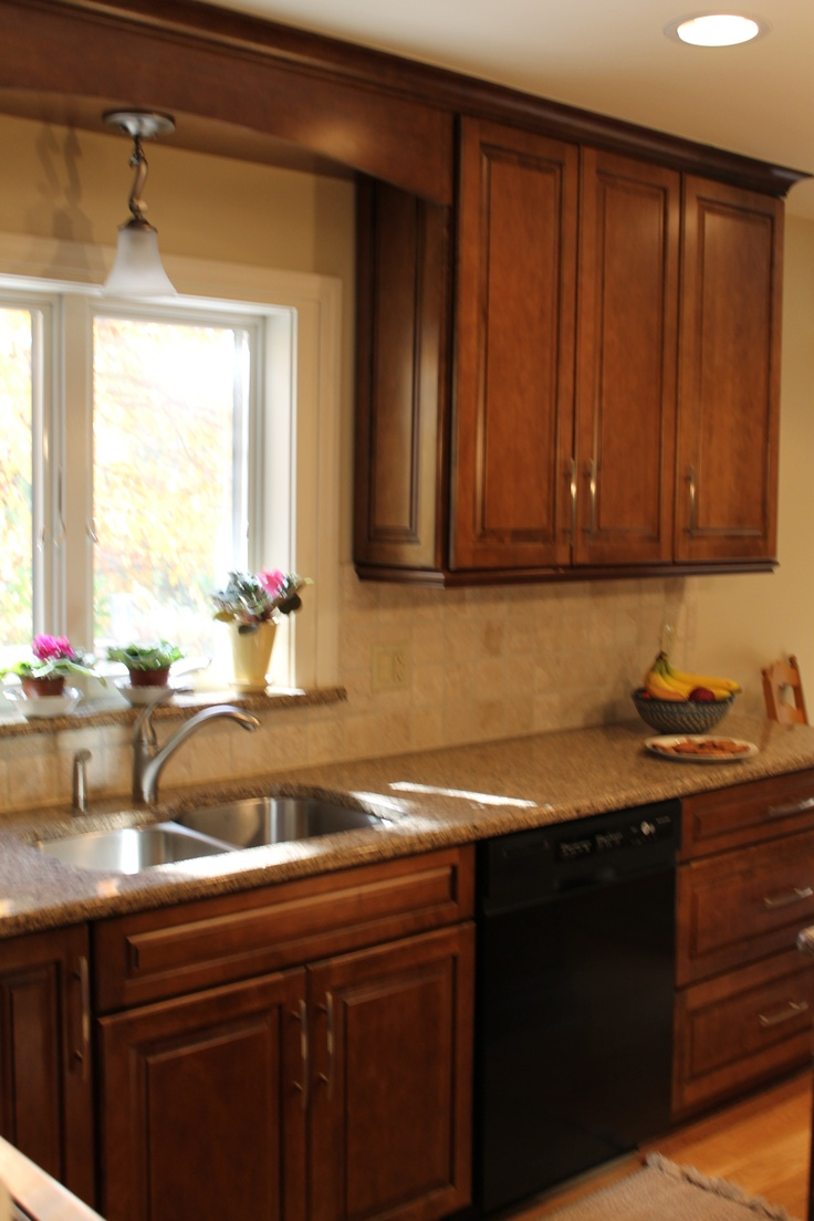 Dishwasher Granite Countertop : Crown Molding, Granite Countertops and Windowsill, Black Dishwasher ...