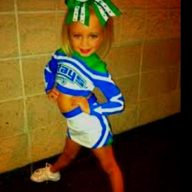 adams-porn-young-girl-cheerleader-pics-has