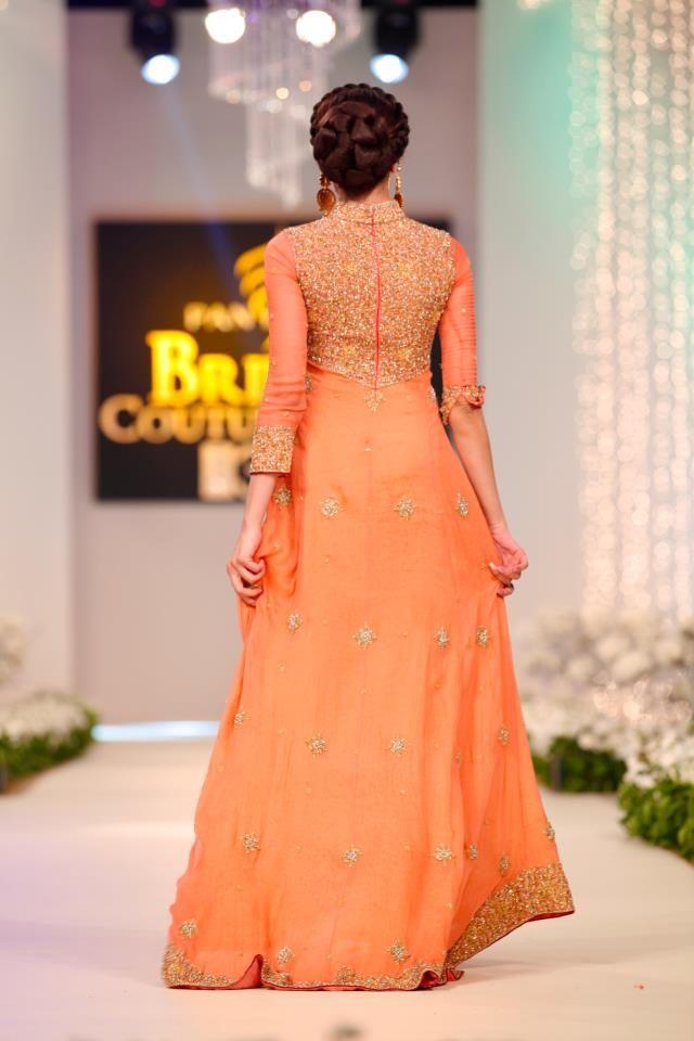 Pakistani Woman Fashion!! 100%