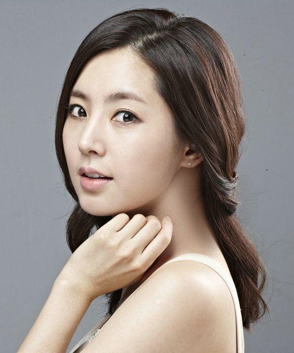 Han Chae Ah | Actress - http://www.luckypost.com/han-chae-ah-actress-7/