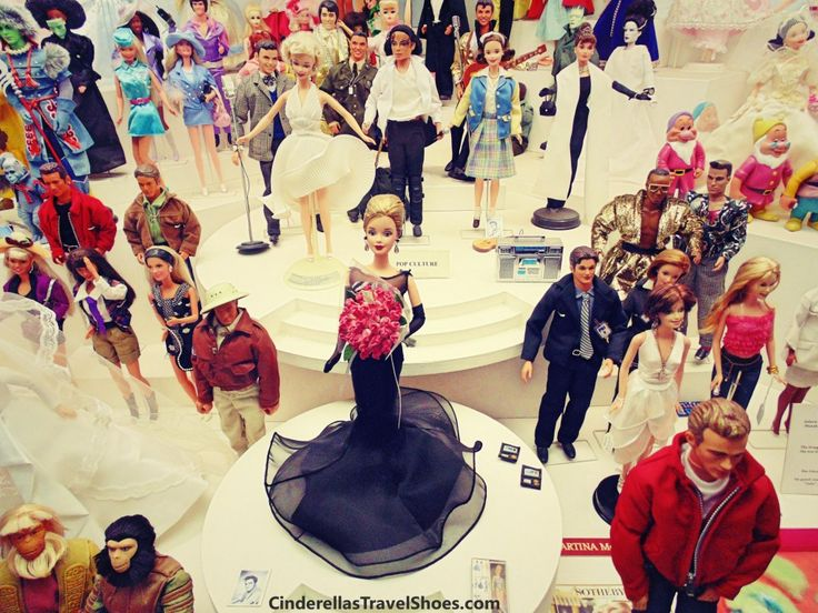 Famous Barbie and Ken dolls like Marilyn Monroe, Michael Jackson and Elvis Presley